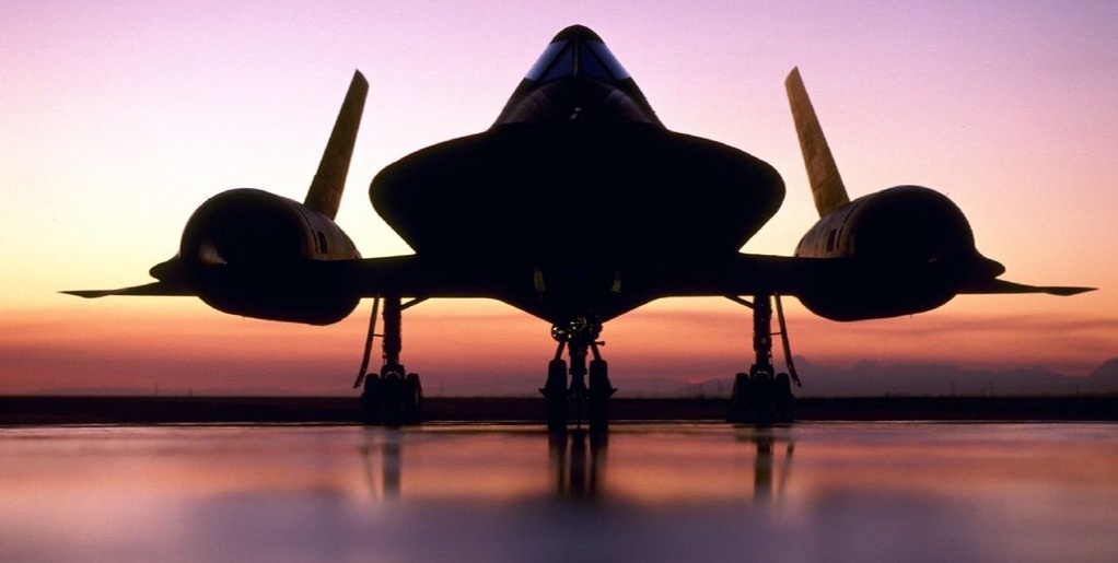 "APEX:60 – The Lockheed SR-71 ""Blackbird"""