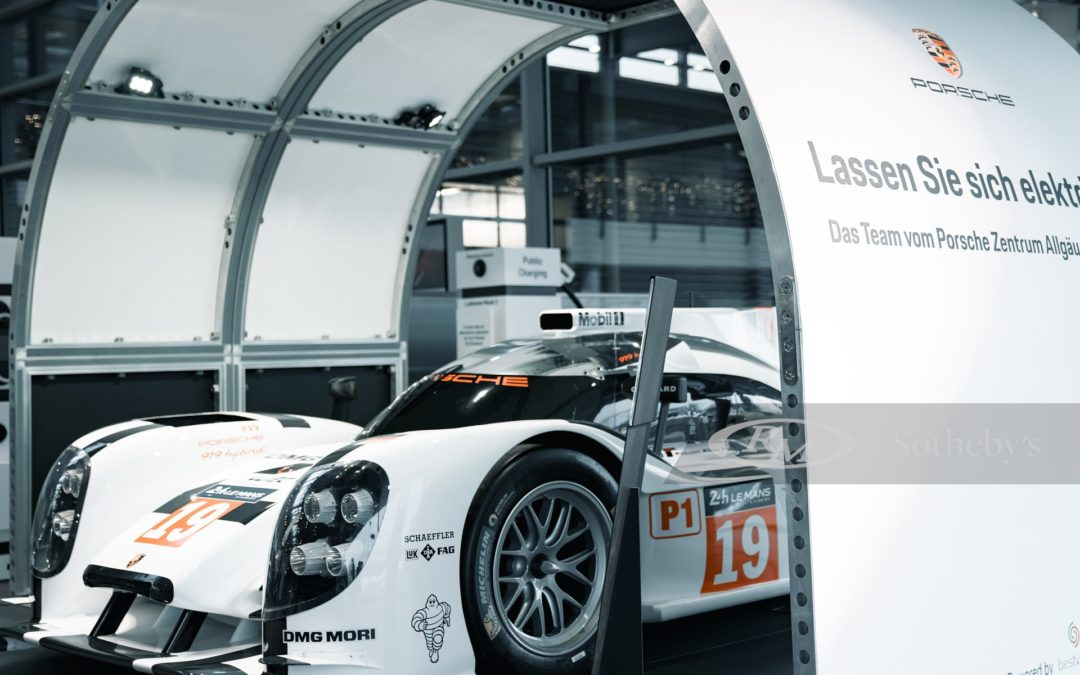 This 1:1 Porsche 919 show car is the ultimate scale model